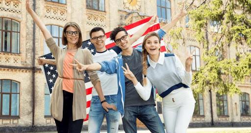 Nên apply học bổng có chọn lọc để tăng tỉ lệ đậu Visa