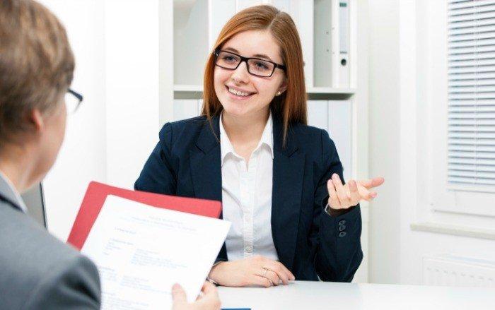 Bạn chỉ được phép mang bộ hồ sơ khi tham gia phỏng vấn du học Mỹ
